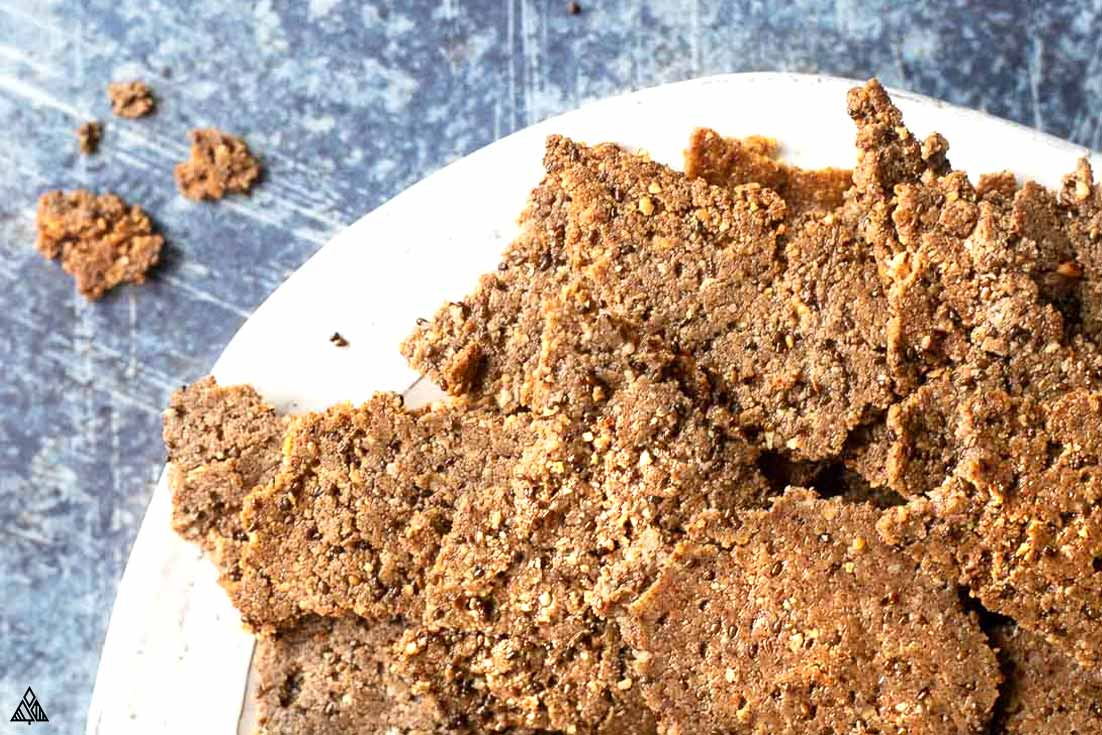 One of the best low carb crackers recipes is flaxseed crackers